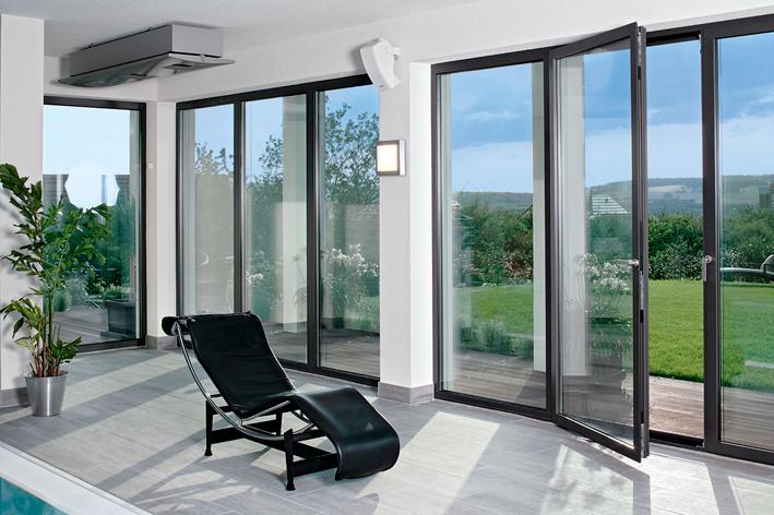 interno casa con vetrate e infissi Zaza Design