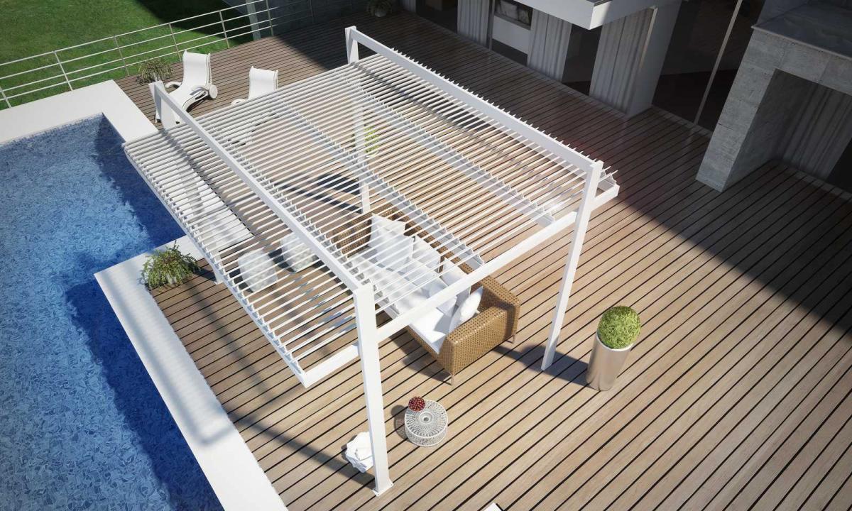 pergola bioclimatica a bordo piscina