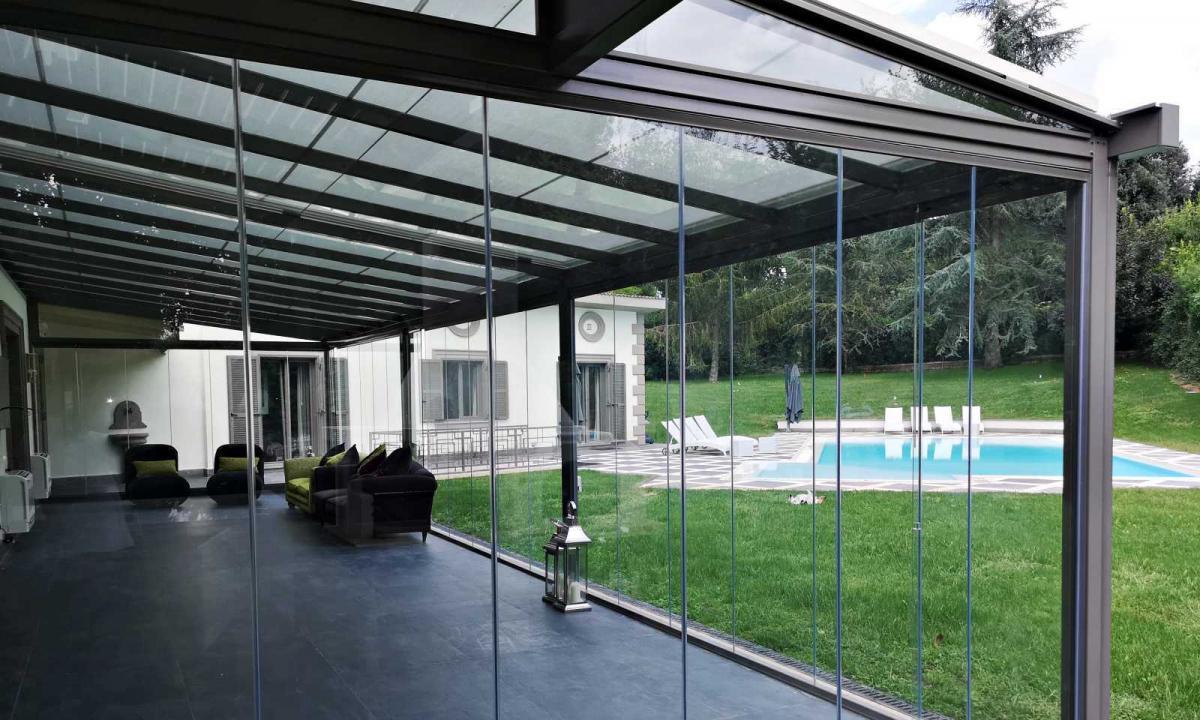 serra bioclimatica per salotto esterno