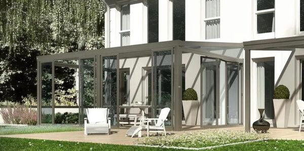 serra bioclimatica in giardino